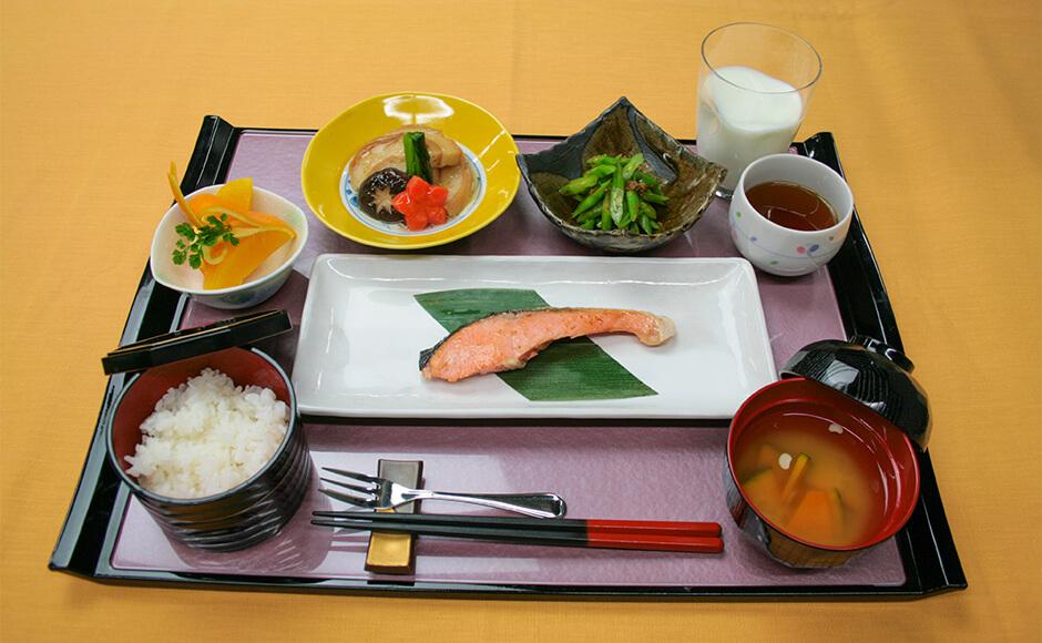 通常のお食事_朝食_夏1