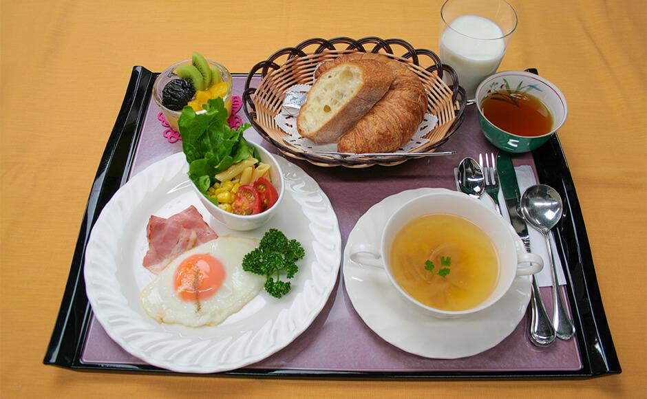 通常のお食事_朝食_夏2