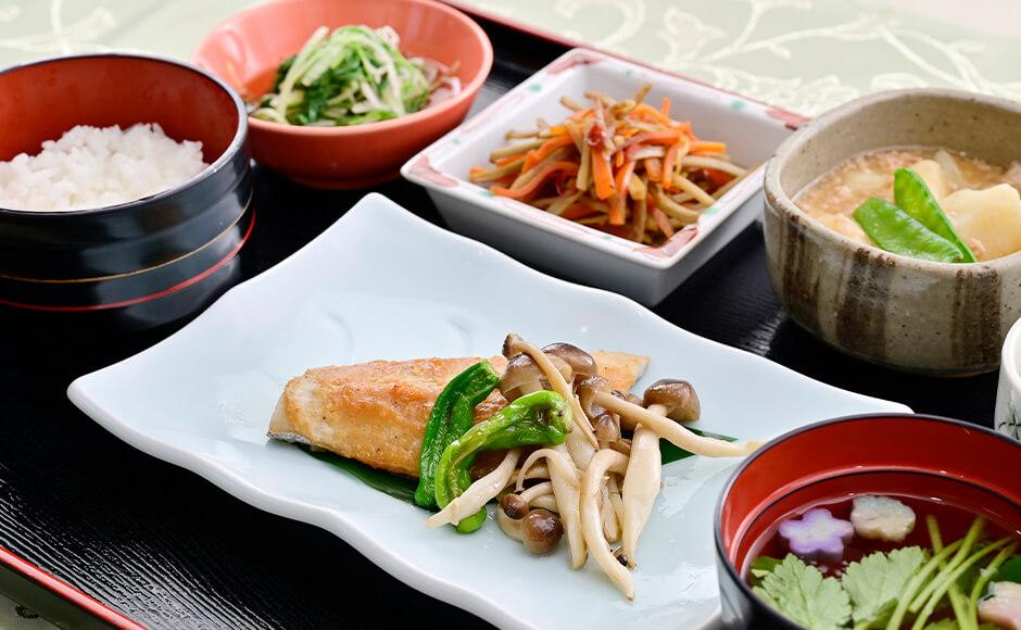 通常のお食事_昼食