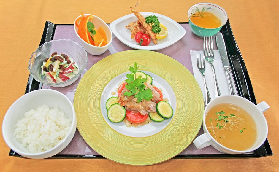 通常のお食事_夕食_夏1